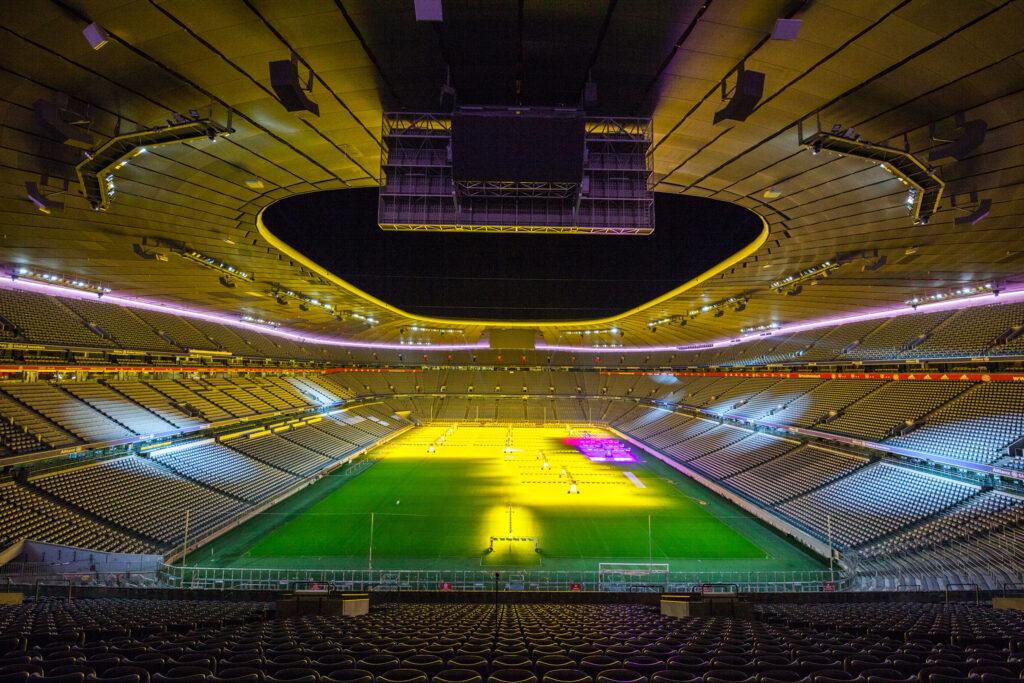 Philips beleuchtet Allianz Arena
