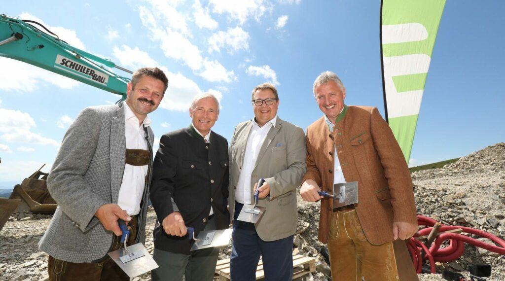 4 Männer auf einer Baustelle